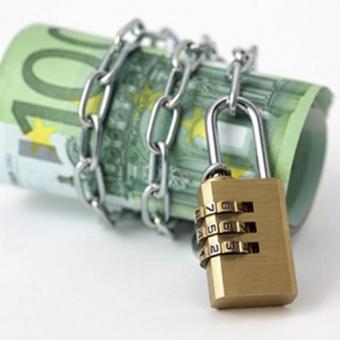 Jak oszczędzać pieniądze przy minimalnej pensji? Studencki sposób